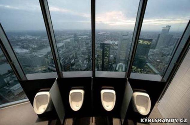 WC s výhledem