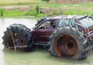 Auto s velkýma kolama