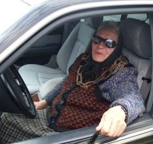 Babka řidička