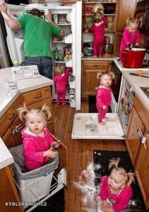Když hlídá dítě tatínek
