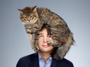 Kočka místo čepice