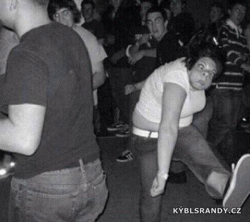 Neskutečný ksicht při tanci