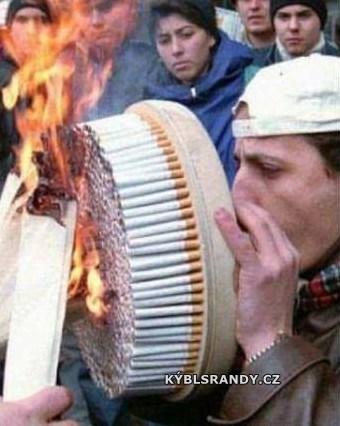 Mega kuřák