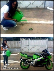 Ta motorka nějak vyrostla