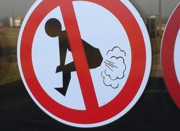 Zákaz prdění!