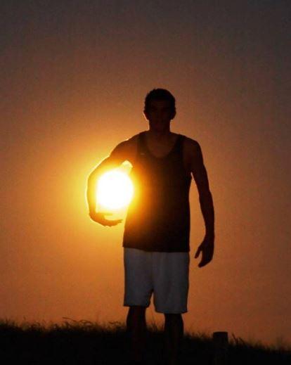 Nesu si slunce
