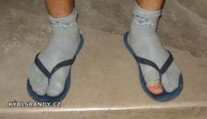 Ponožky v žabkách