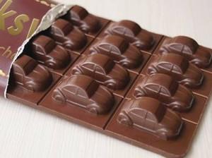 Snězte čokoládové auto
