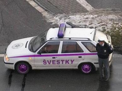 Policajti - švestky