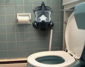 Plynová maska na WC