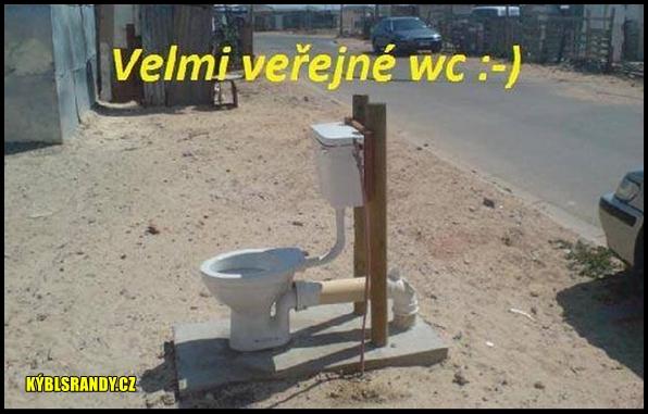 Velmi veřejné WC