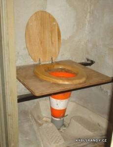 WC speciál