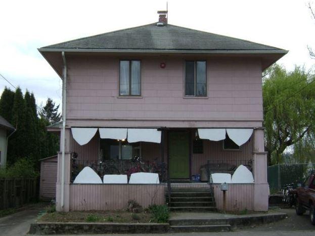 Zubatý dům